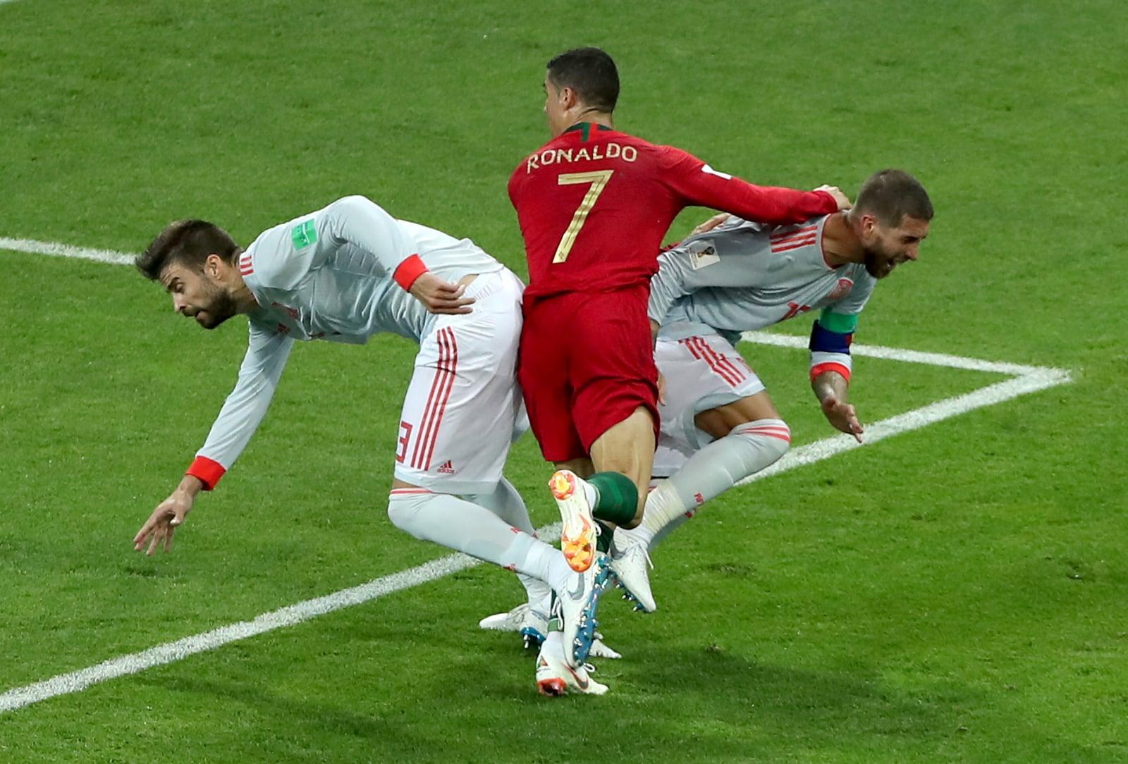 Mecz Hiszpania - Portugalia Mundial 2018 fot. EPA/MOHAMED MESSARA