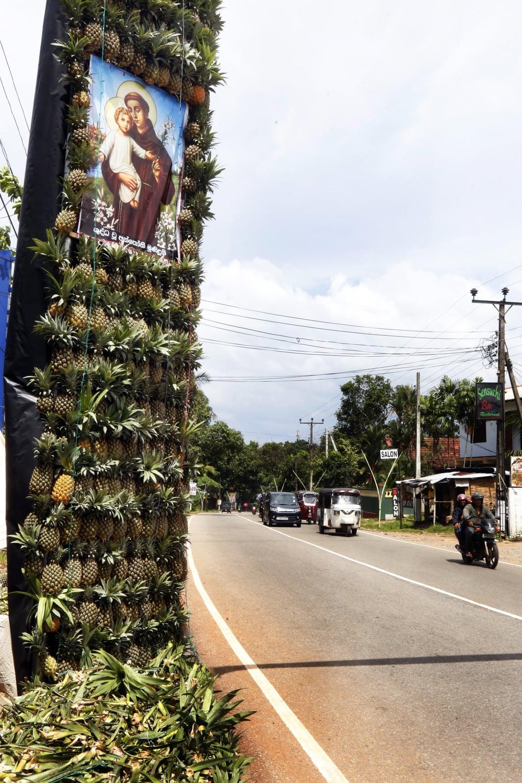 Święto na Sri Lance fot. EPA/M.A.PUSHPA KUMARA  Dostawca: PAP/EPA.
