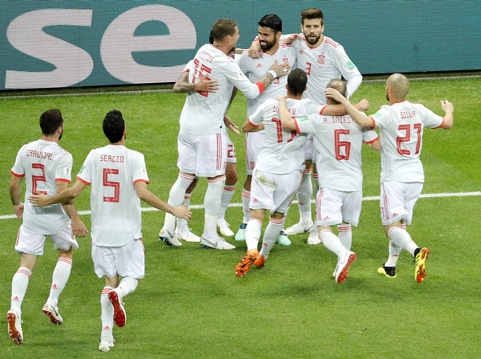 Zwycięska Hiszpania po meczu z Iranem  EPA-EFE/SERGEY DOLZHENKO