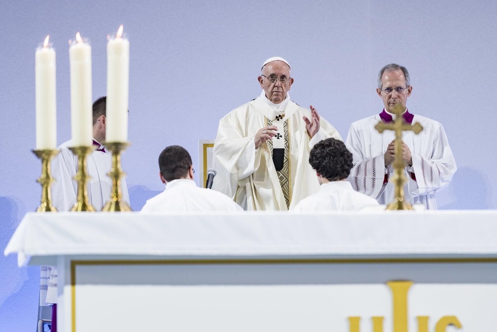 Papież Franciszek na Światowej Radzie Kościołów fot. EPA/CIRO FUSCO  Dostawca: PAP/EPA.