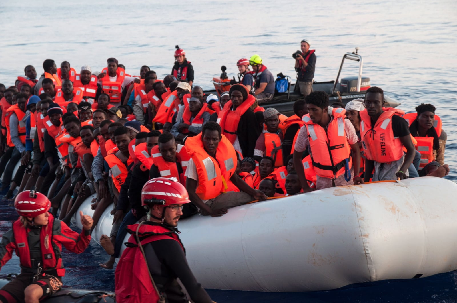 Ratunek dla migrantów fot. EPA/HERMINE POSCHMANN