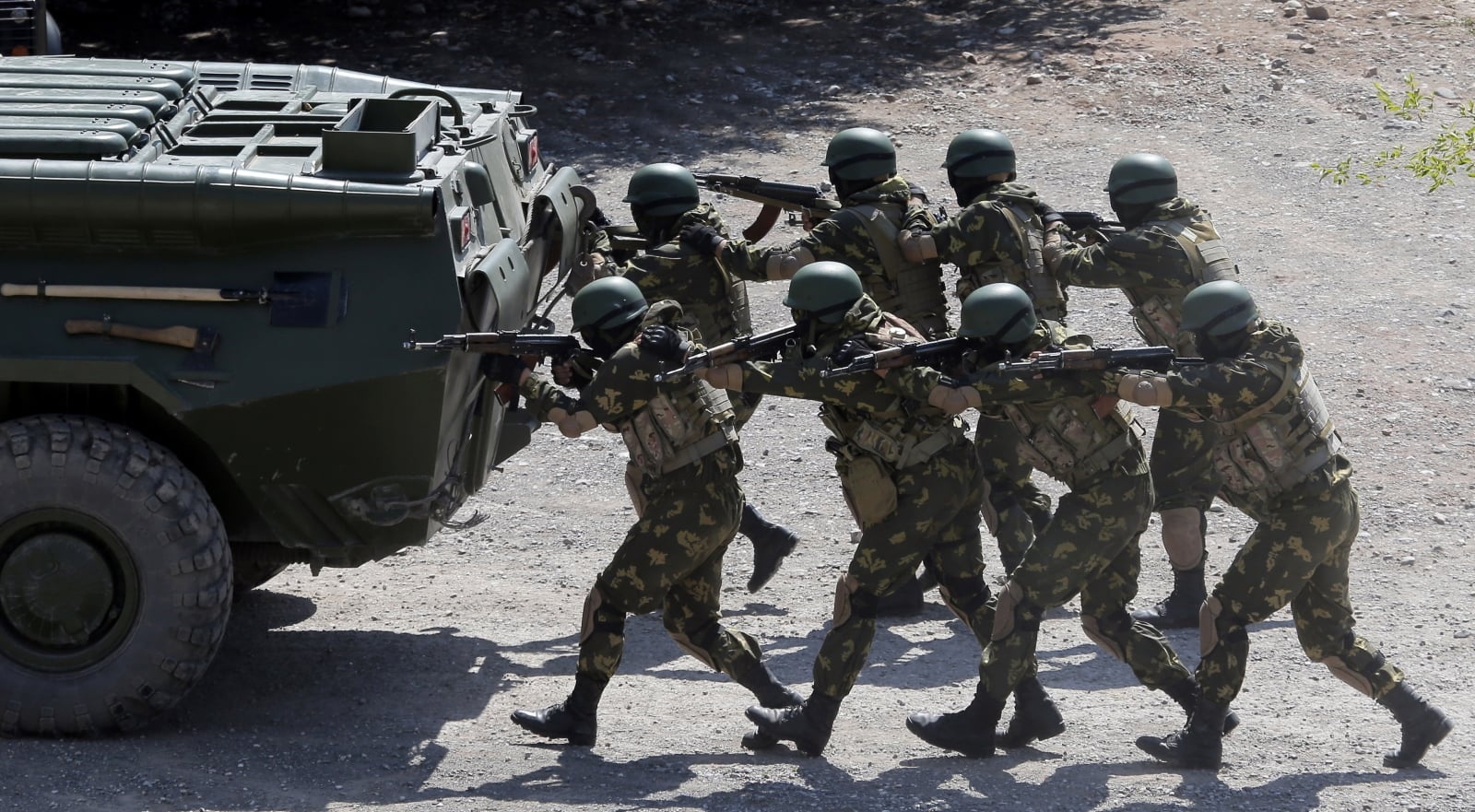 Militarne ćwiczenia w Kirgistanie fot. EPA/IGOR KOVALENKO Dostawca: PAP/EPA.