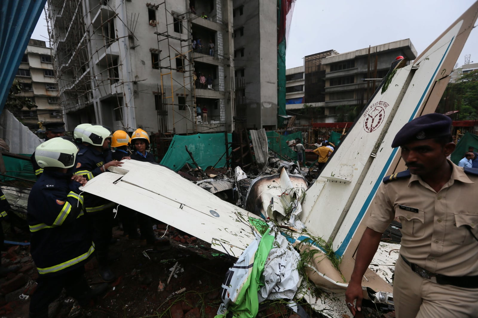 Katastrofa samolotu w Indiach  EPA/DIVYAKANT SOLANKI