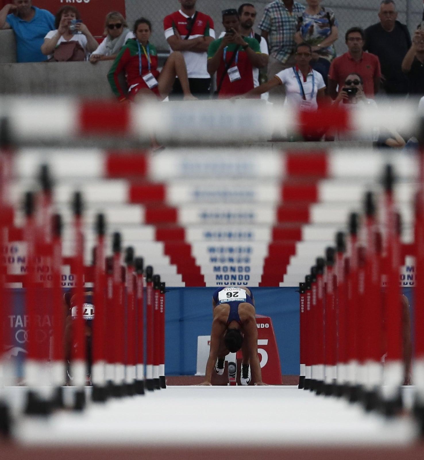 Chorwatka Andrea Ivancevic na zawodach w sprincie 200 metrów przez płotki, Hiszpania. PAP/EPA/Jesús Diges