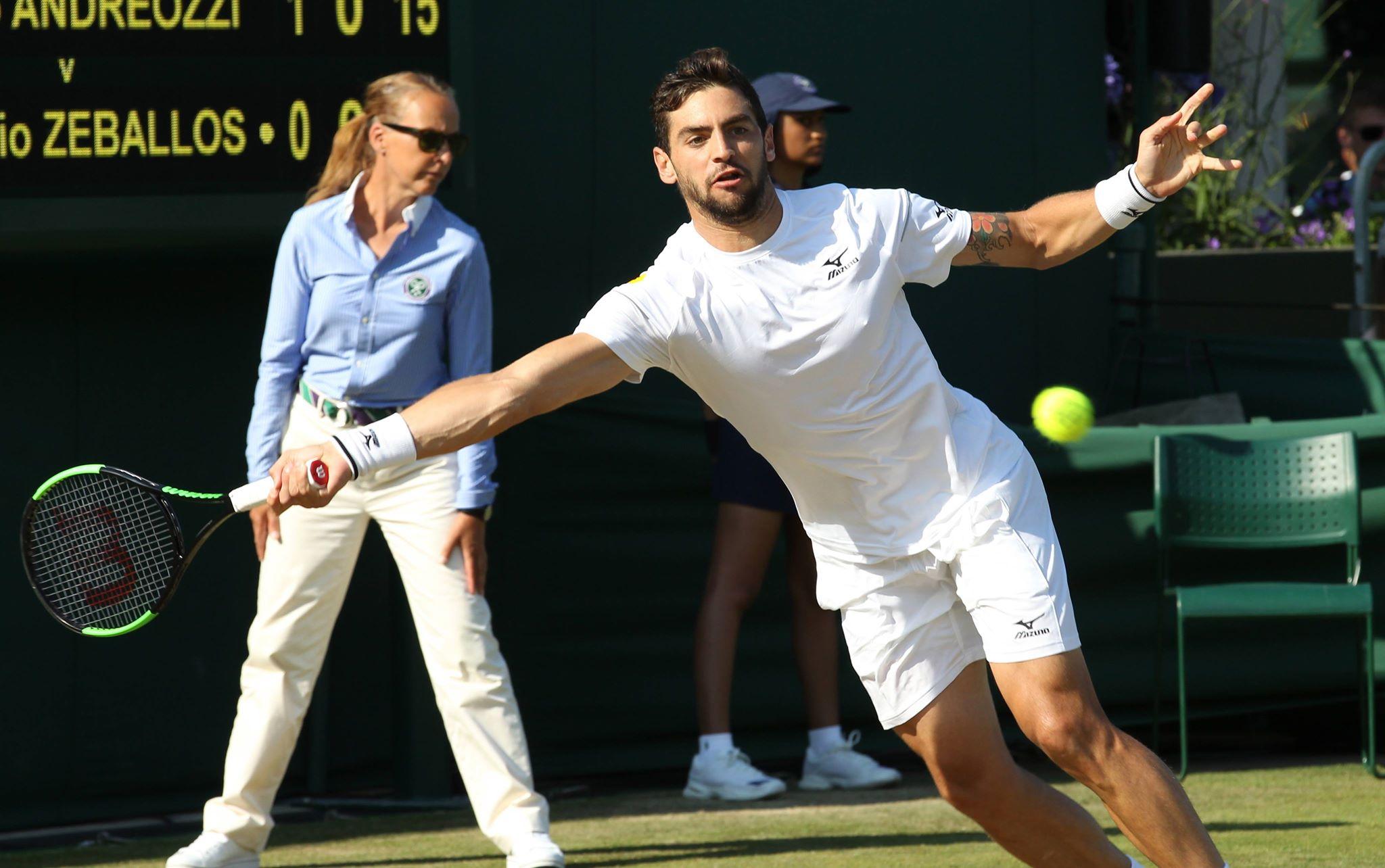 Londyn: mecz w czasie Wimbledonu w klubie tenisowym All England Lawn, fot: PAP/EPA