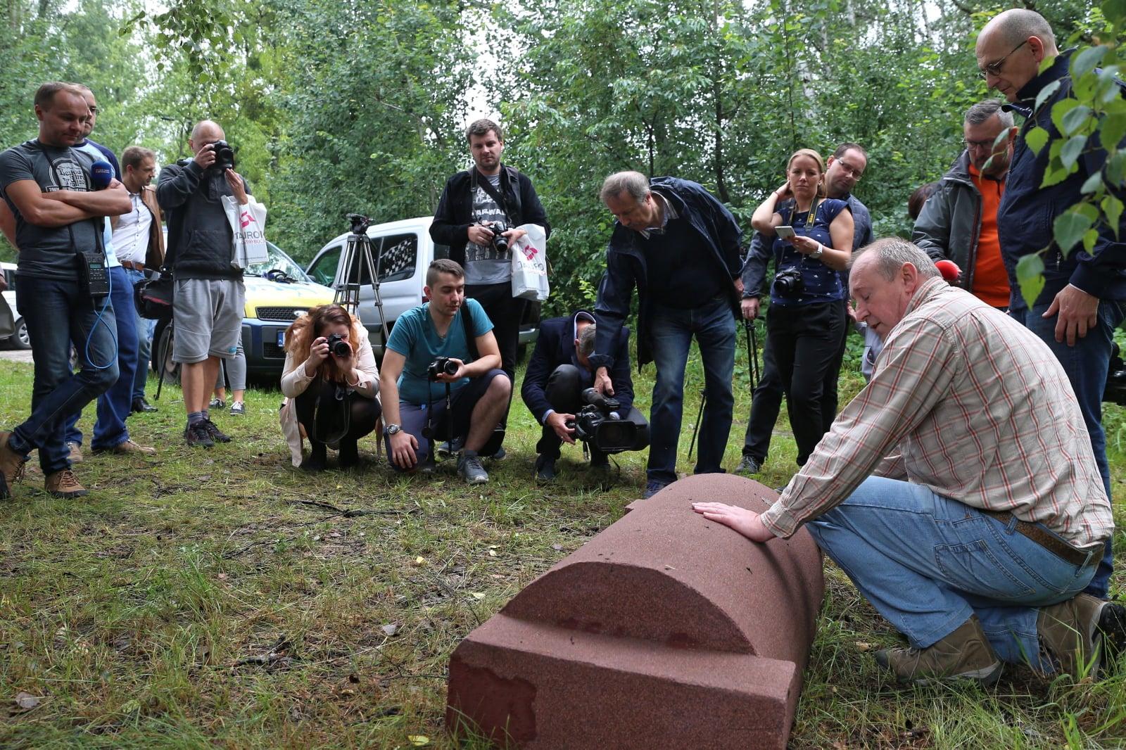 Innowacyjne schronisko dla jeży, wspierane przez spółkę Tauron Dystrybucja, którego twórcą jest Piotr Gleńsk, fot. PAP/Andrzej Grygiel
