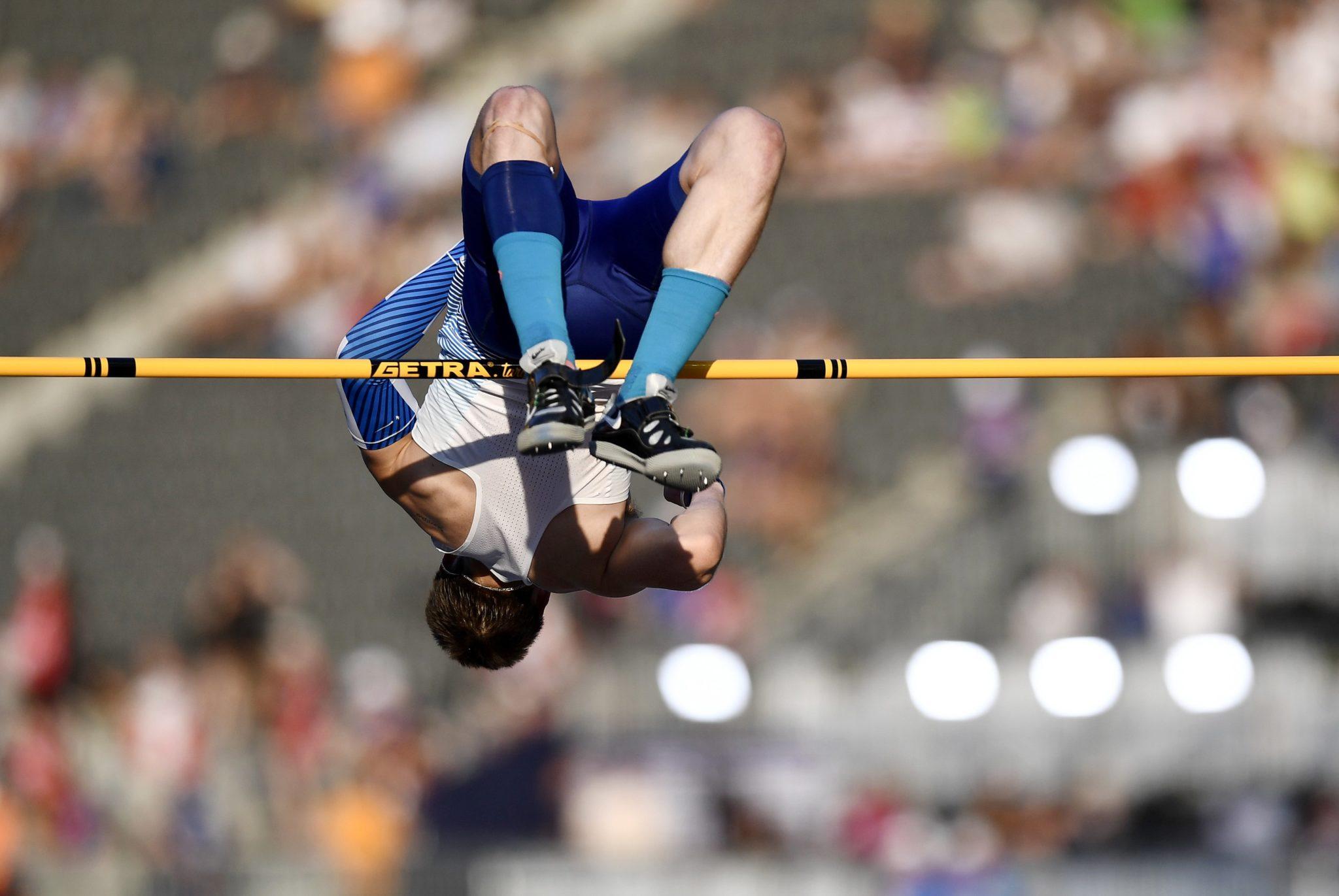 Tim Duckworth z Wielkiej Brytanii w zawodach skoku wzwyż podczas Mistrzostw Europy w Lekkiej Atletyce w Berlinie, fot. Filip Singer, PAP/EPA