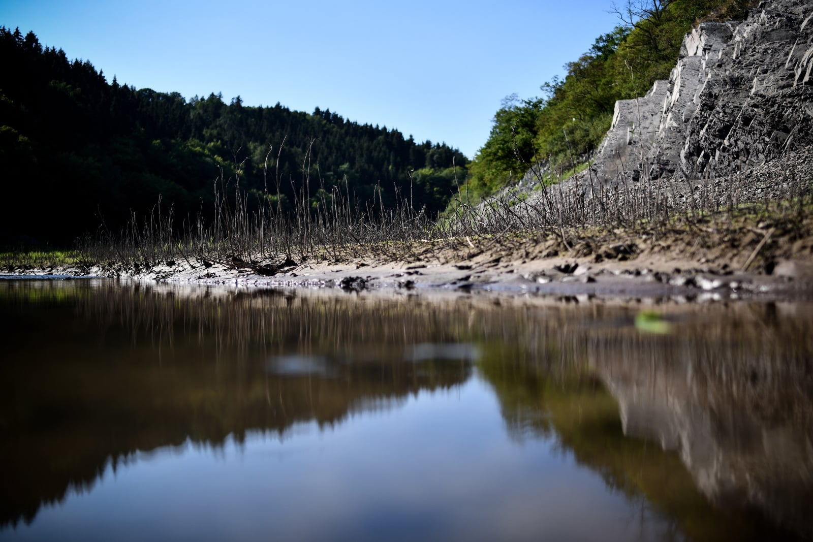 Jezioro Edersee w Niemczech, fot. EPA/SASCHA STEINBACH