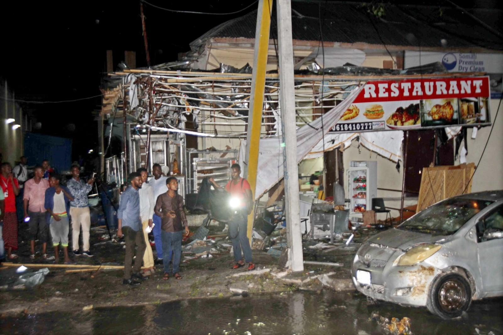Samobójczy atak bombowy w Somalii, fot. EPA/SAID YUSUF WARSAME