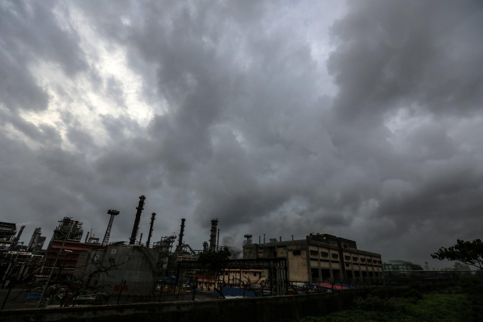 Pożary w Indiach fot. EPA/DIVYAKANT SOLANKI