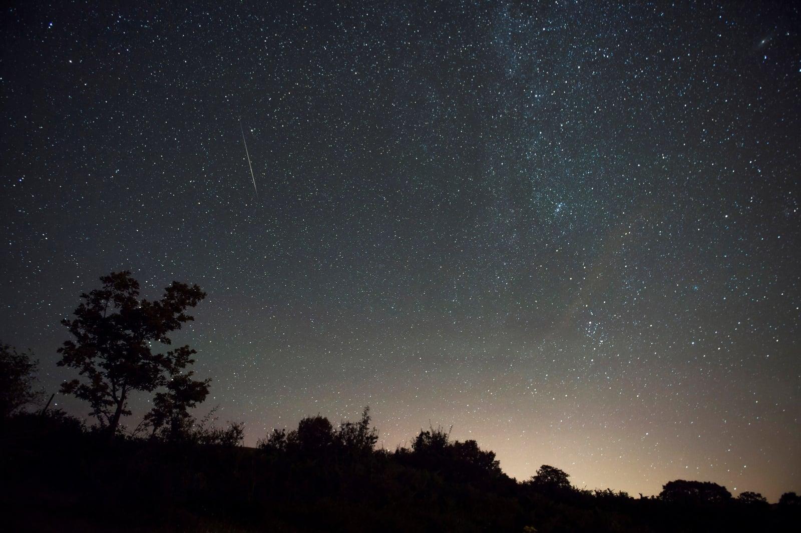 Deszcz meteorów fot. EPA/PEDRO PUENTE HOYOS