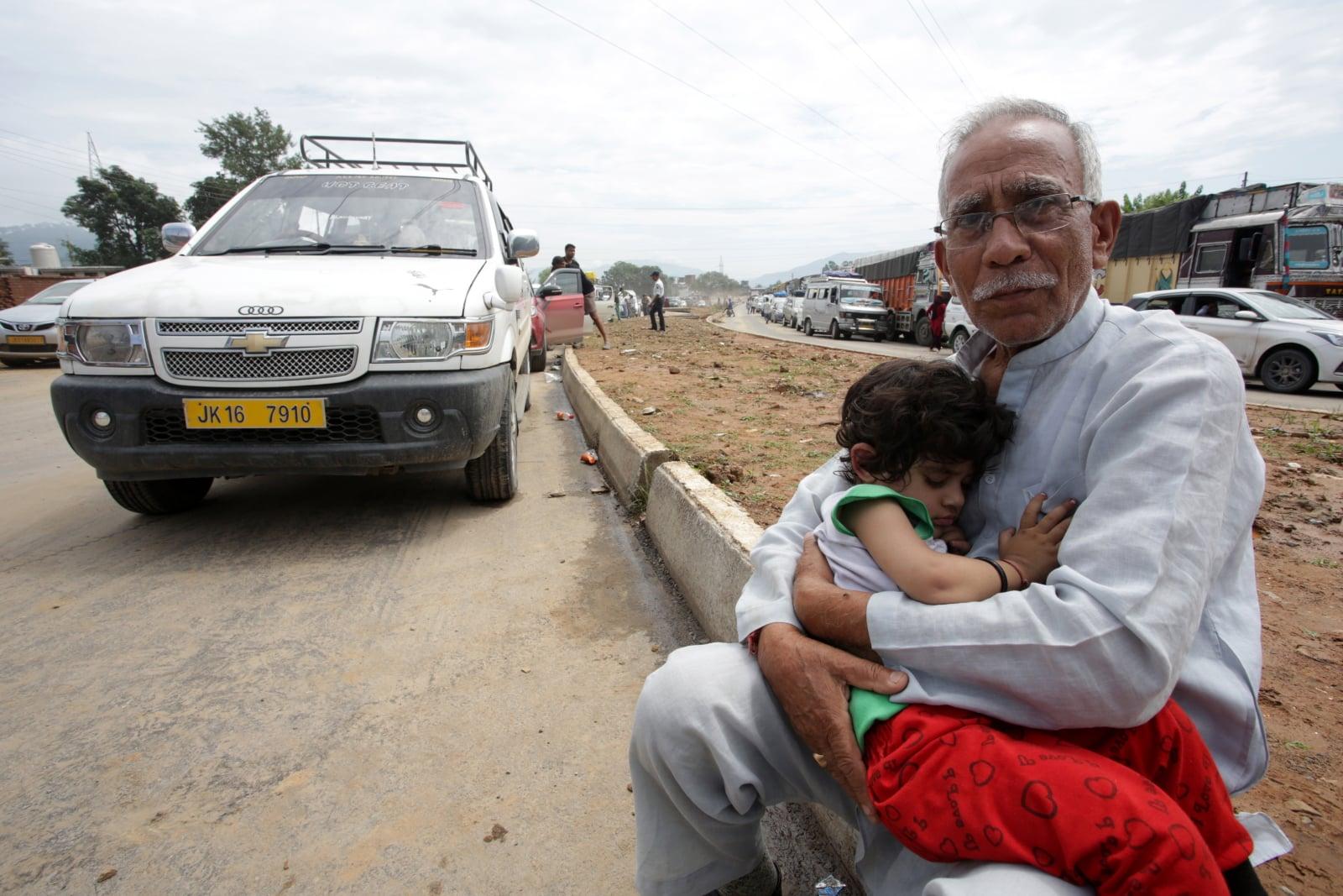 Powodzie w Indiach fot. EPA/JAIPAL SINGH