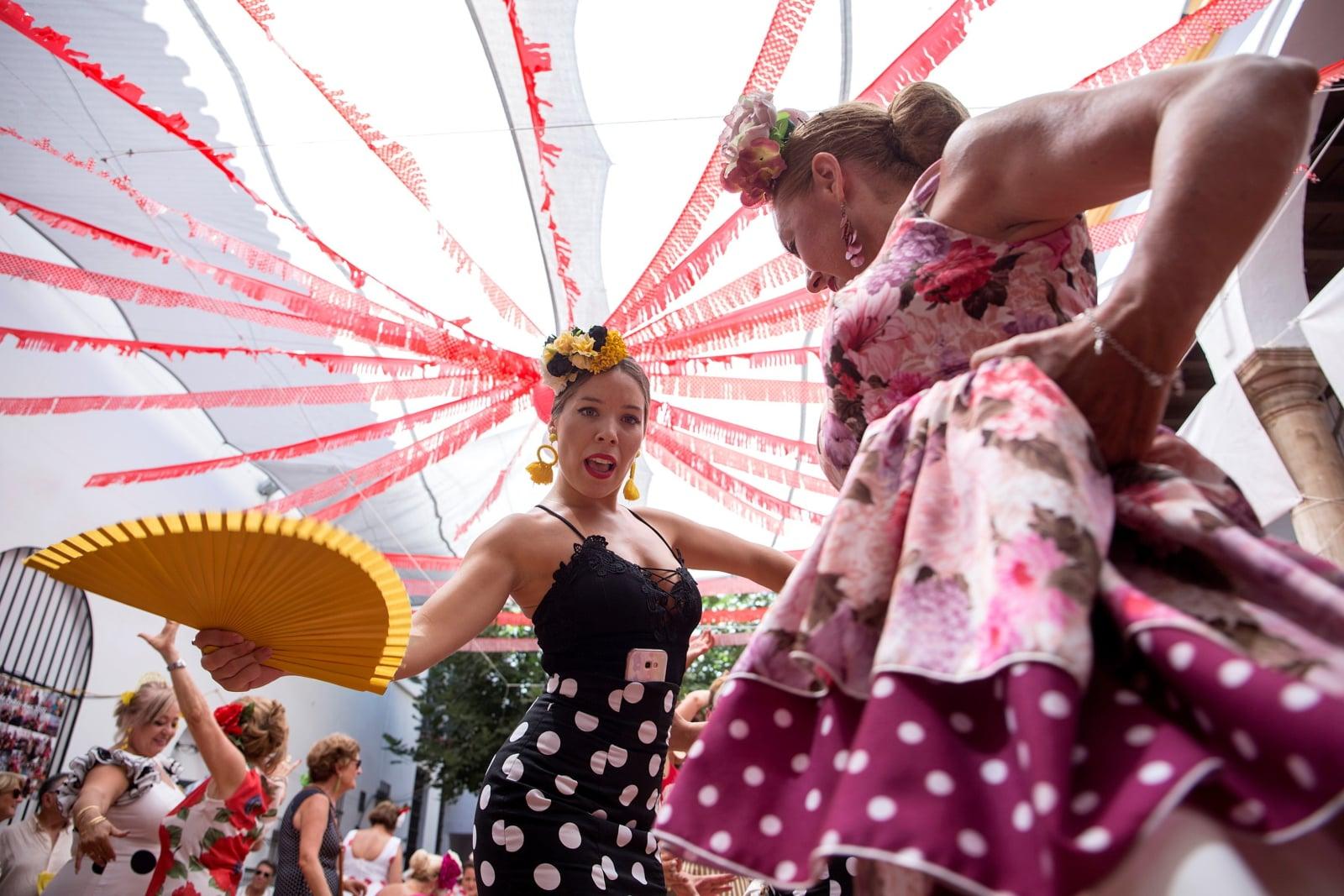 Tradycyjne święto w Maladze (Hiszpania) fot. EPA/Daniel Perez