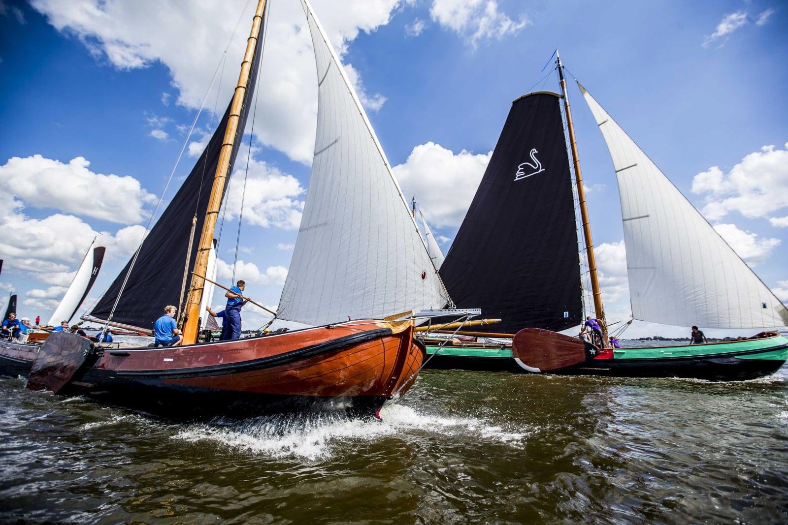 Tradycyjne żeglarstwo w Holandii fot. EPA/SIESE VEENSTRA