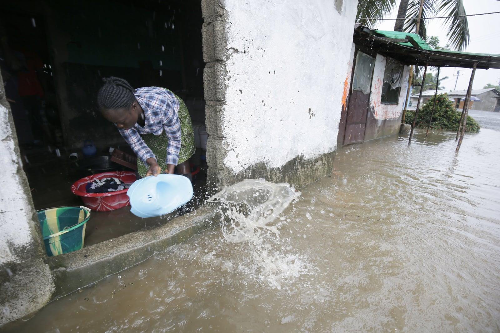 Powodzie w Liberii fot. EPA/PRAKASH ELAMAKKARA