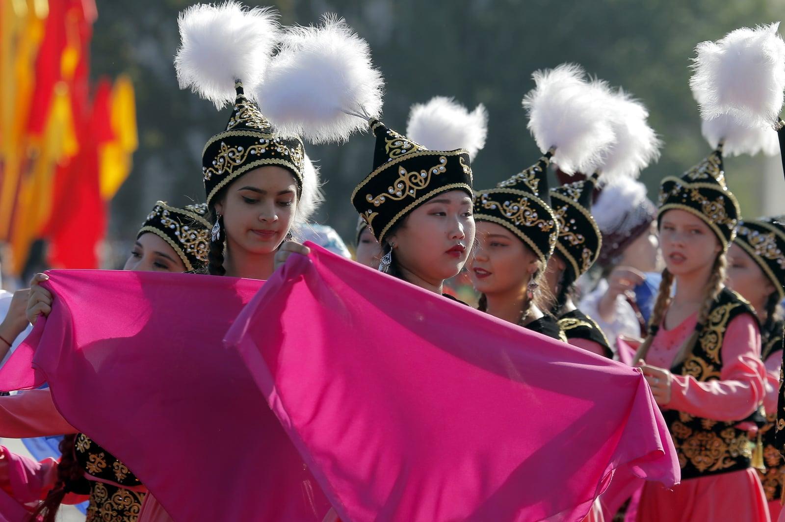 Kirgiski Dzień Niepodległości Fot. PAP/EPA/IGOR KOVALENKO