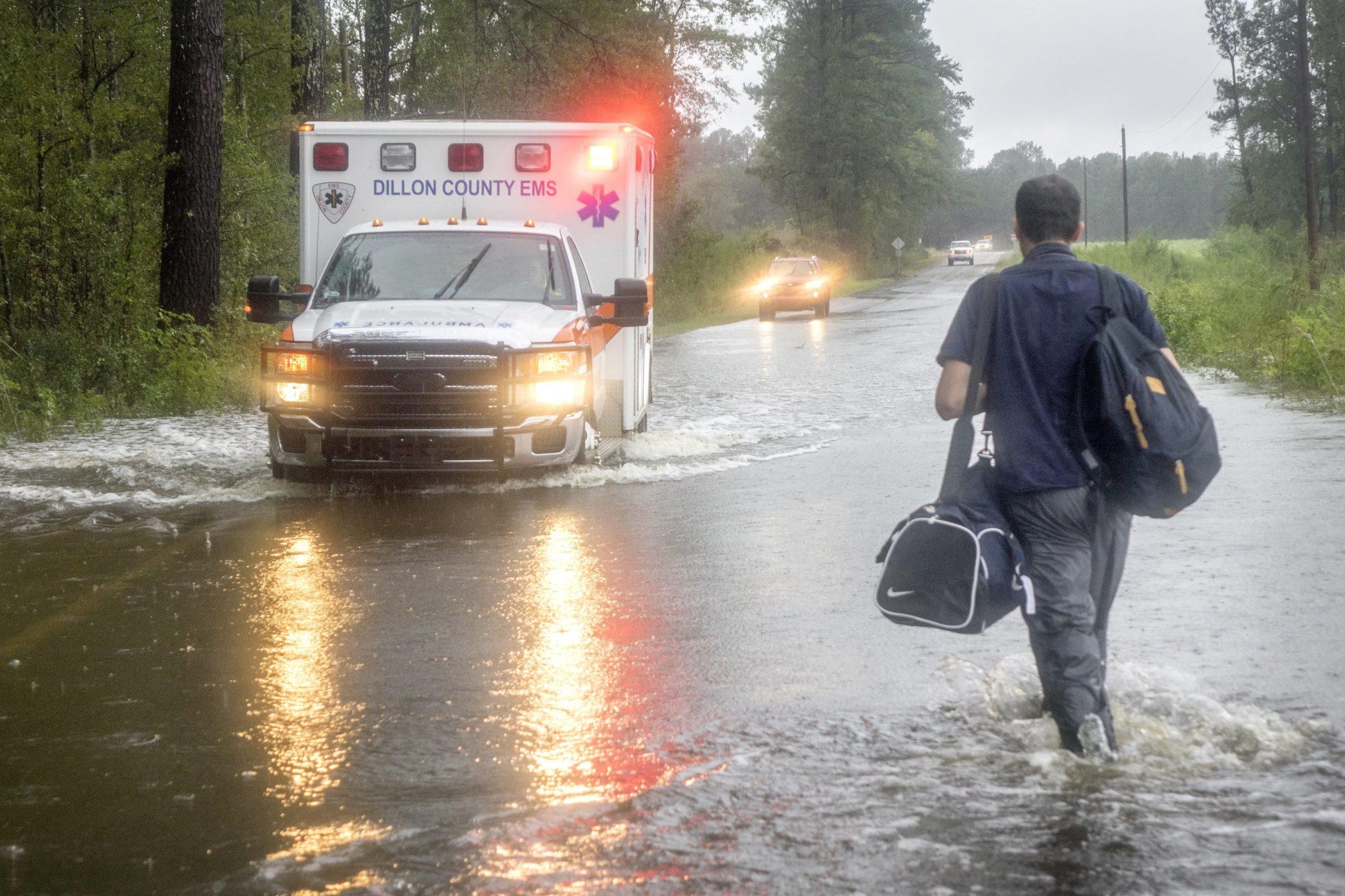 USA, Południowa Karolina, skutki burzy tropikalnej Florence, fot. Cristobal Herrera, PAP/EPA