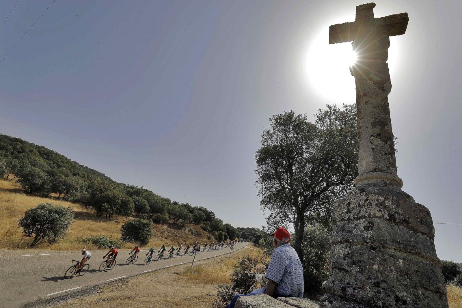 Wyścig La Vuelta fot. EPA/MANUEL BRUQUE
