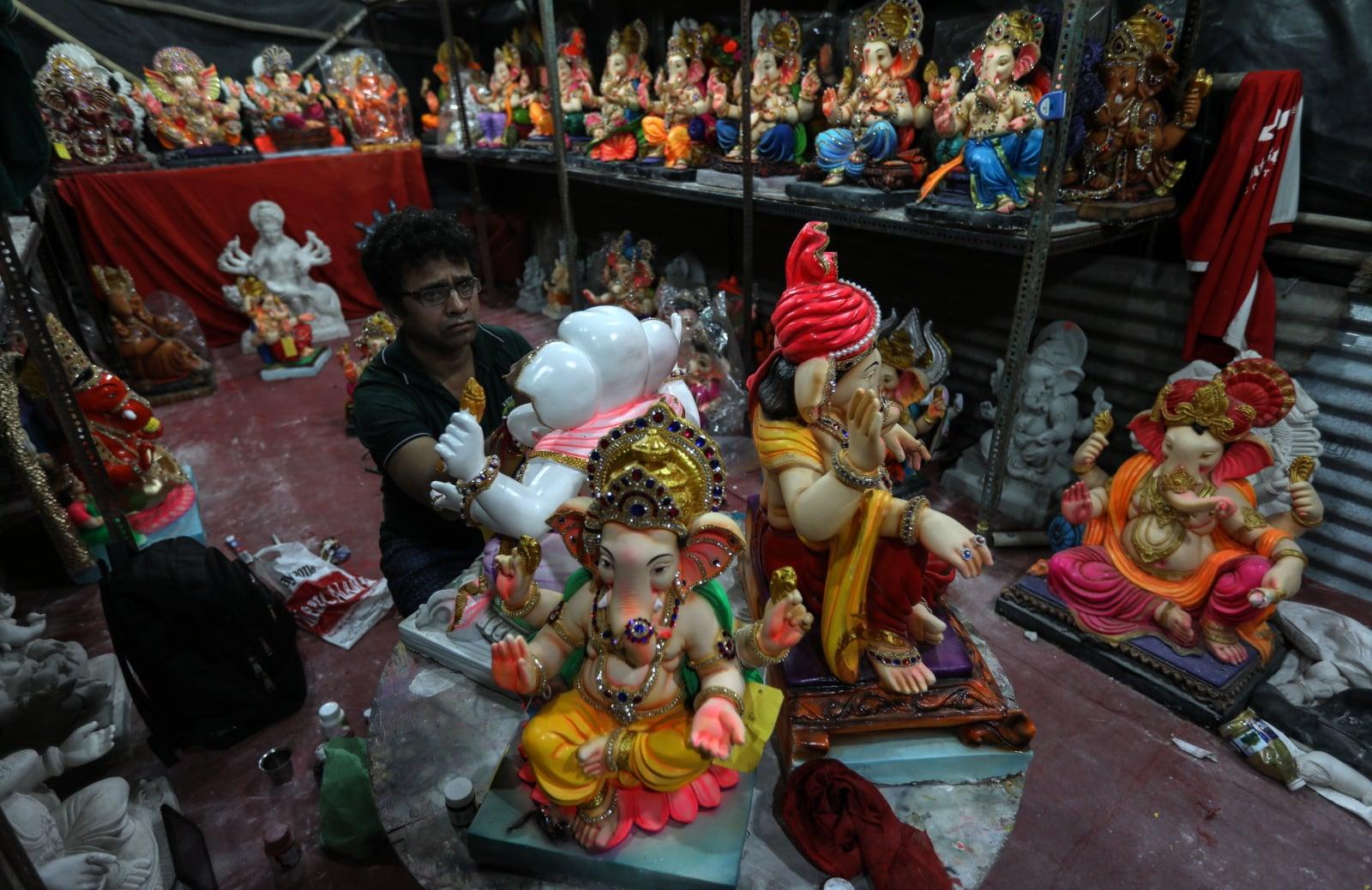 Festiwal Ganesha na ulicach Indii