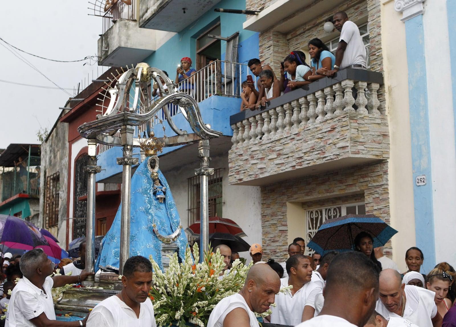 Procesja Matki Boskiej z Regli w Hawanie, Kuba, fot.  EPA/YANDER ZAMORA