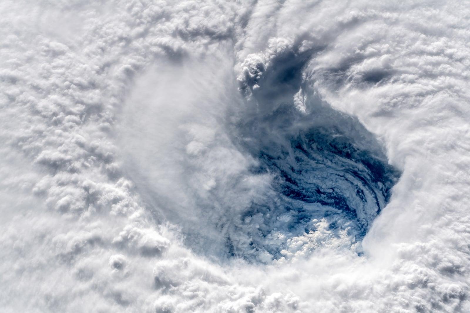 Huragan Florence zbliża się do wybrzeży Stanów Zjednoczonych. Fot. PAP/EPA/ESA/NASA-ALEXANDER GERST
