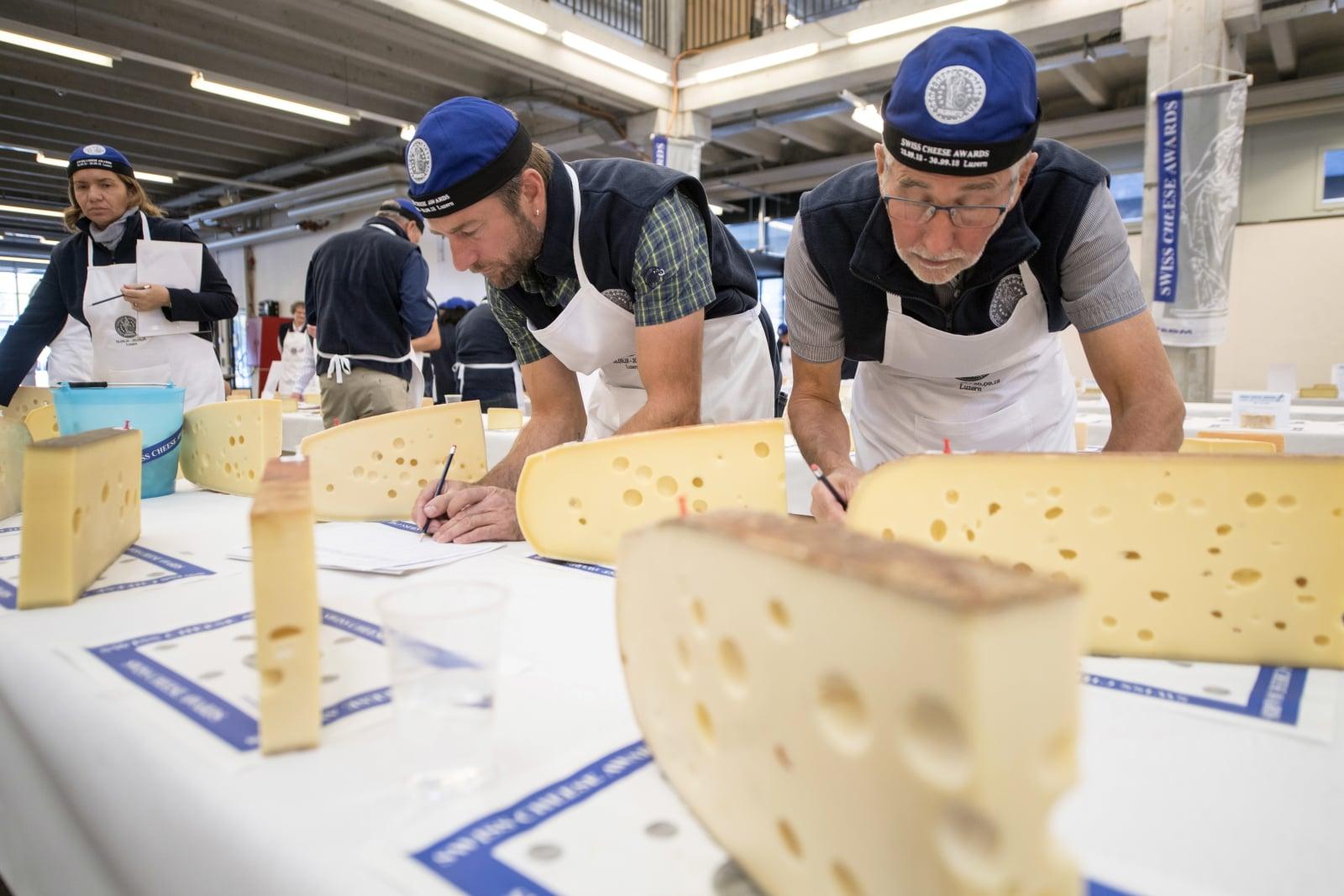 Wystawa serów w Szwajcarii, Fot. EPA/URS FLUEELER