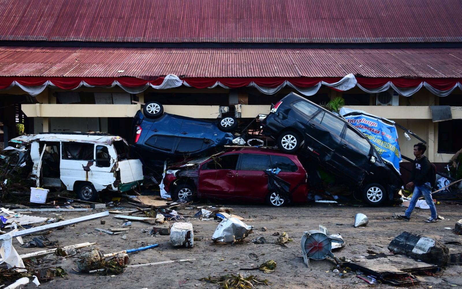 Skutki tsunami w Indonezji, Fot. EPA/WILANDER