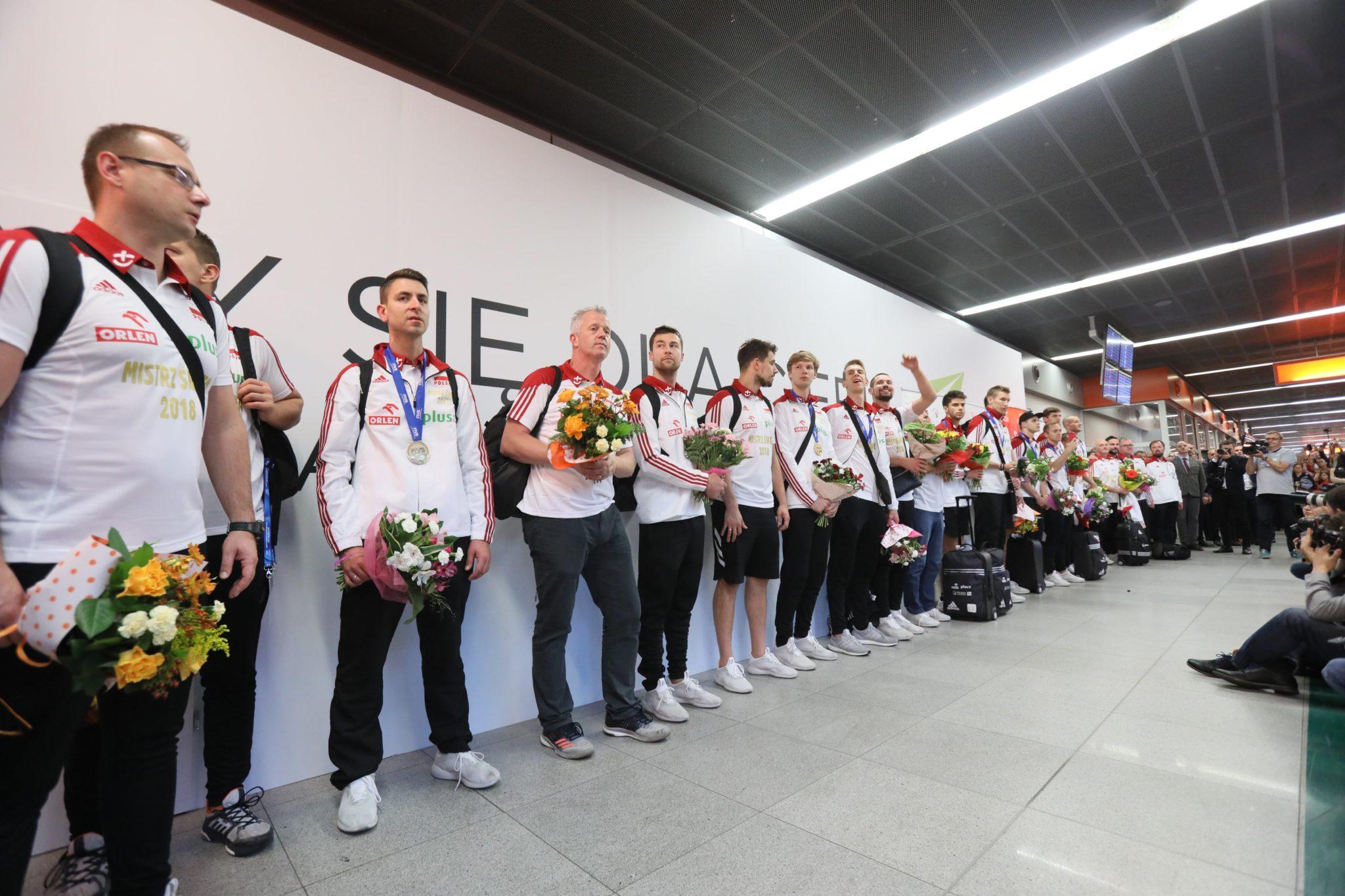 - Nieprawdopodobne - tak jednym słowem określił to, co się działo na MŚ 2018 Vital Heynen, selekcjoner reprezentacji Polski siatkarzy. Polacy zdobyli w niedzielę mistrzostwo świata