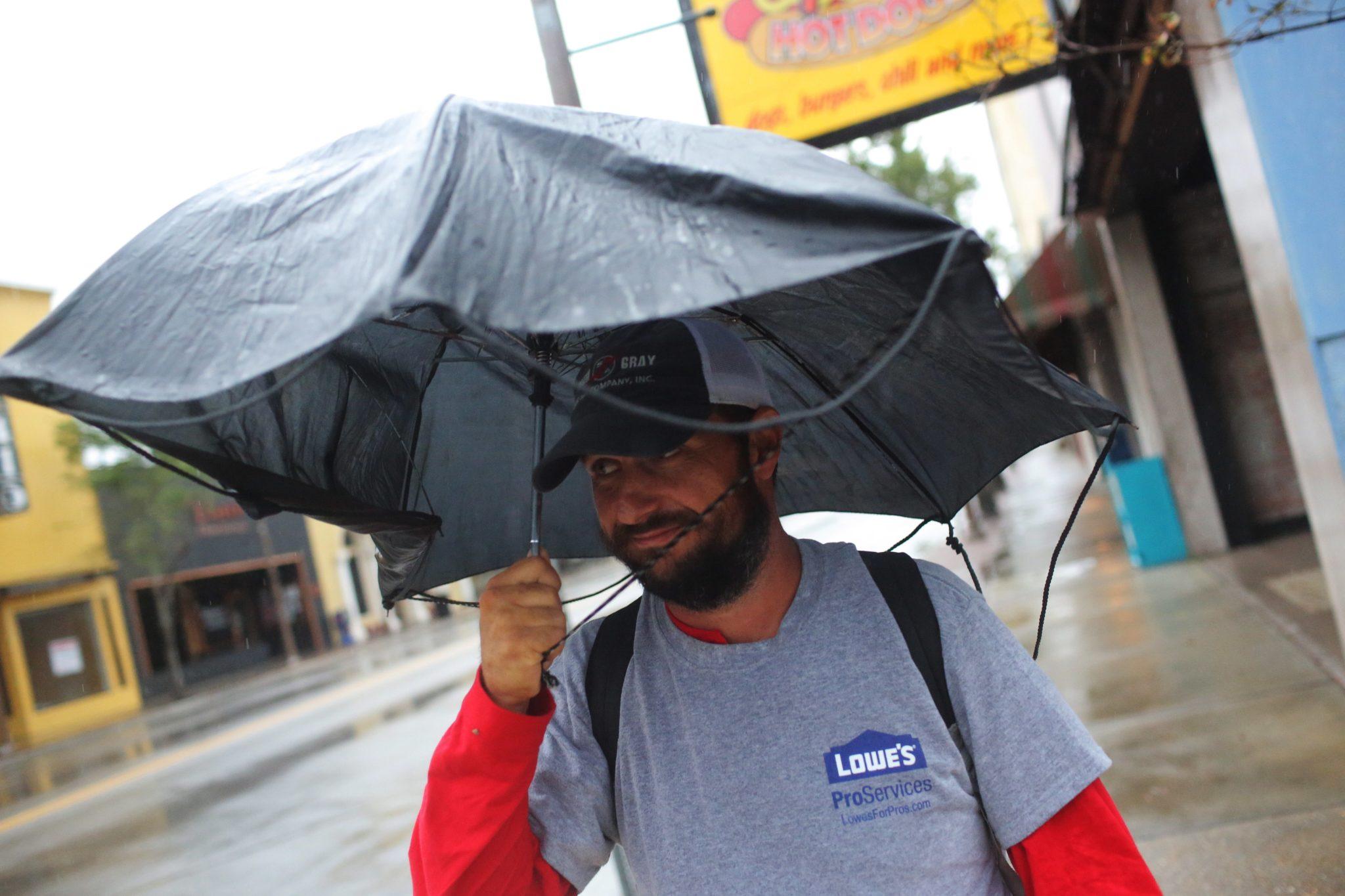 Floryda po uderzeniu huraganu Michael, fot. Dan Anderson, PAP/EPA