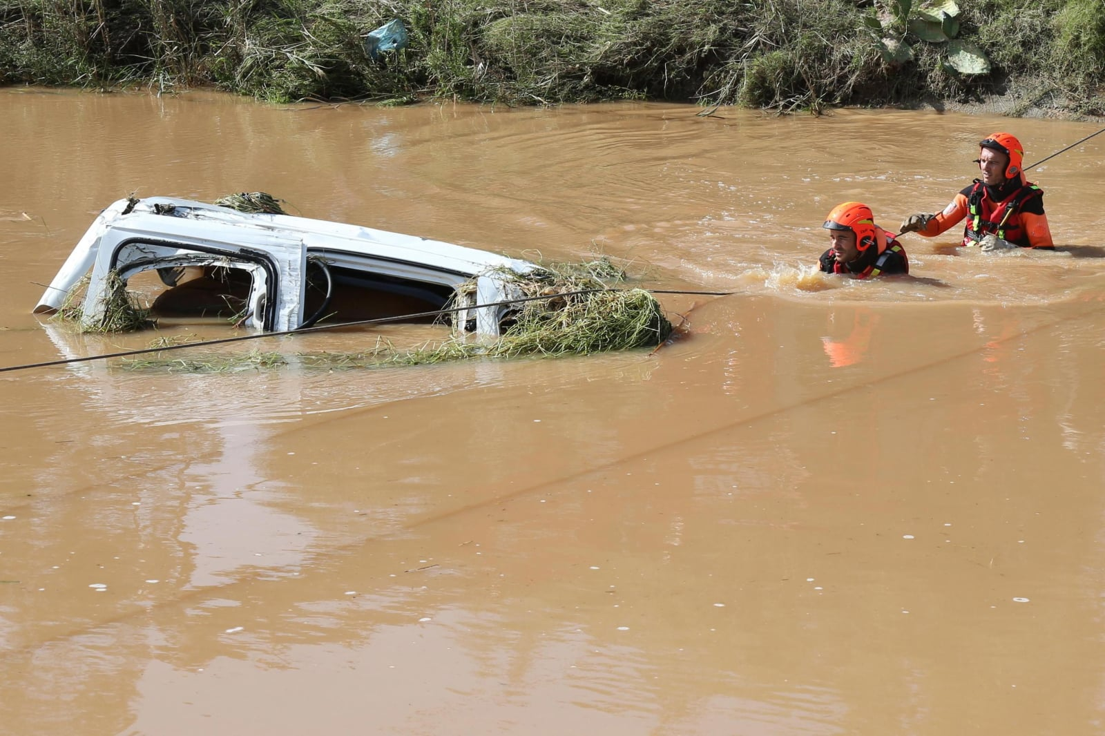 Powódź w Hiszpanii fot. EPA/FABIO MURRU