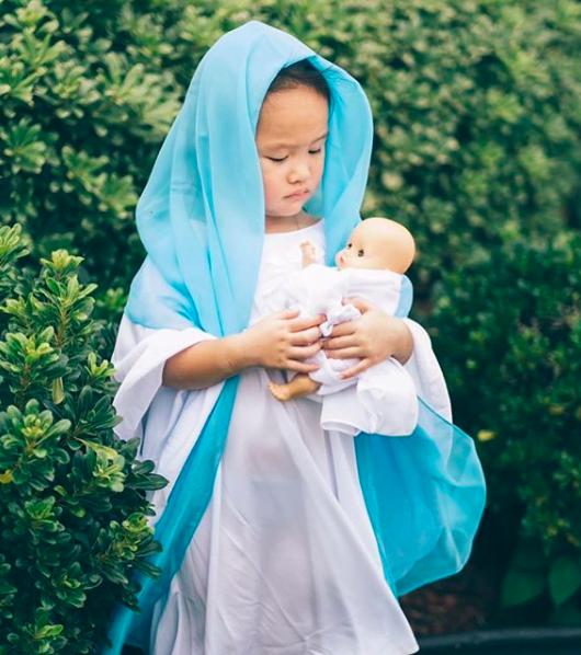 Fot. Maryja z Dzieciątkiem Jezus, @timphamdotcom, Instagram