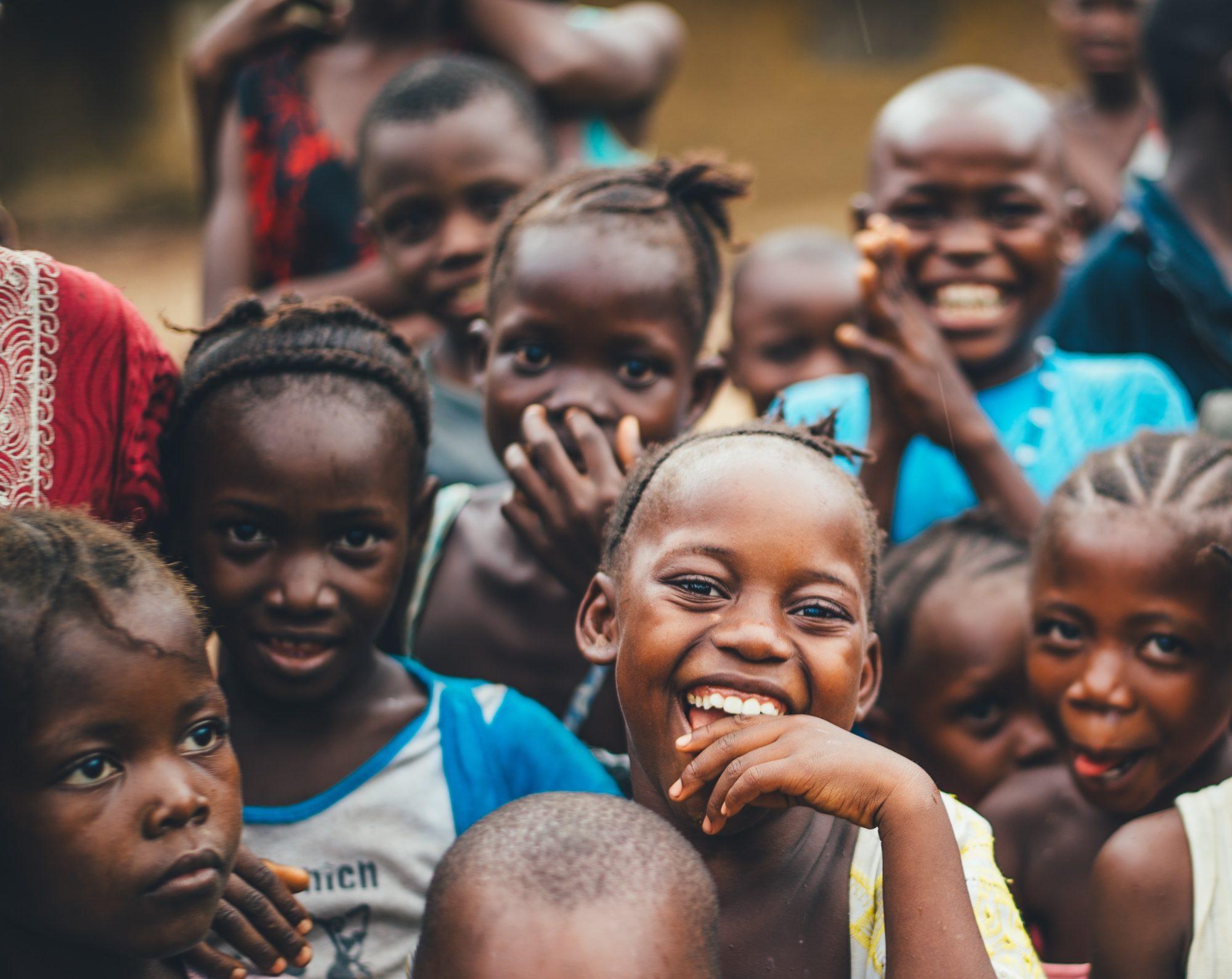 """Jeden pączek to dwa posiłki dla afrykańskich dzieci. Rusza akcja """"Wyślij pączka do Afryki"""""""