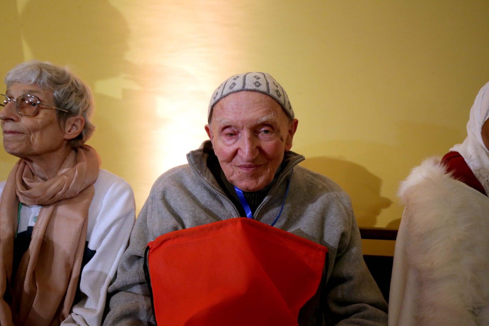 Brat Jean-Pierre jako jedyny ocalał spośród mnichów EPA/STRINGER