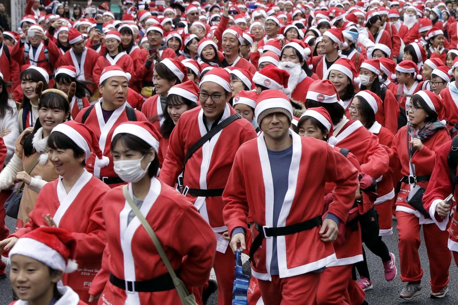 Great Santa Run w Tokio Fot. PAP/EPA/KIYOSHI OTA
