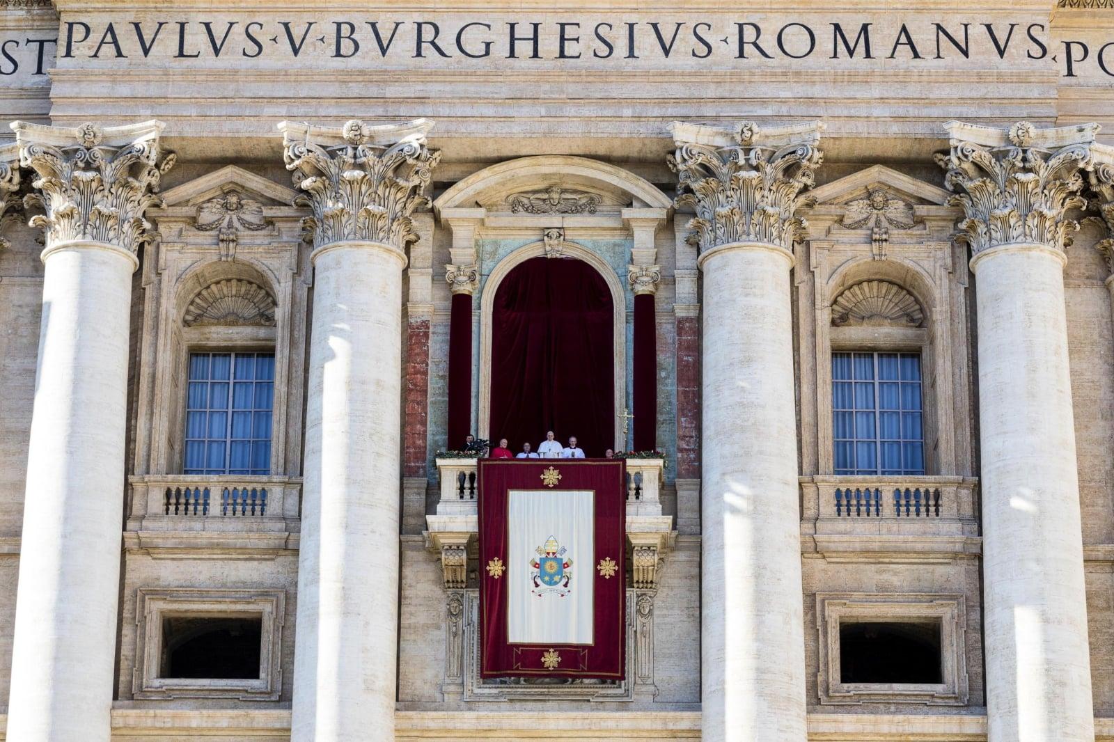 Papież w trakcie uroczystego Urbi et orbi Fot. EPA/ANGELO CARCONI