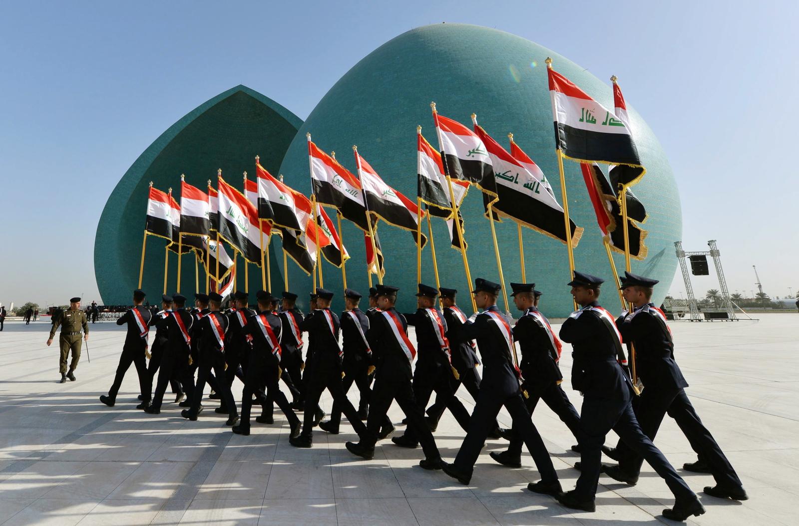 Dzień Policjanta. Irak. fot. EPA/MURTAJA LATEEF