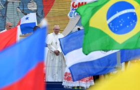 Franciszek Panama flagi