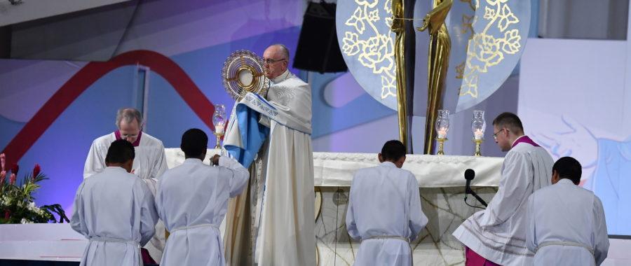 papież franciszek czuwanie światowe dni młodzieży
