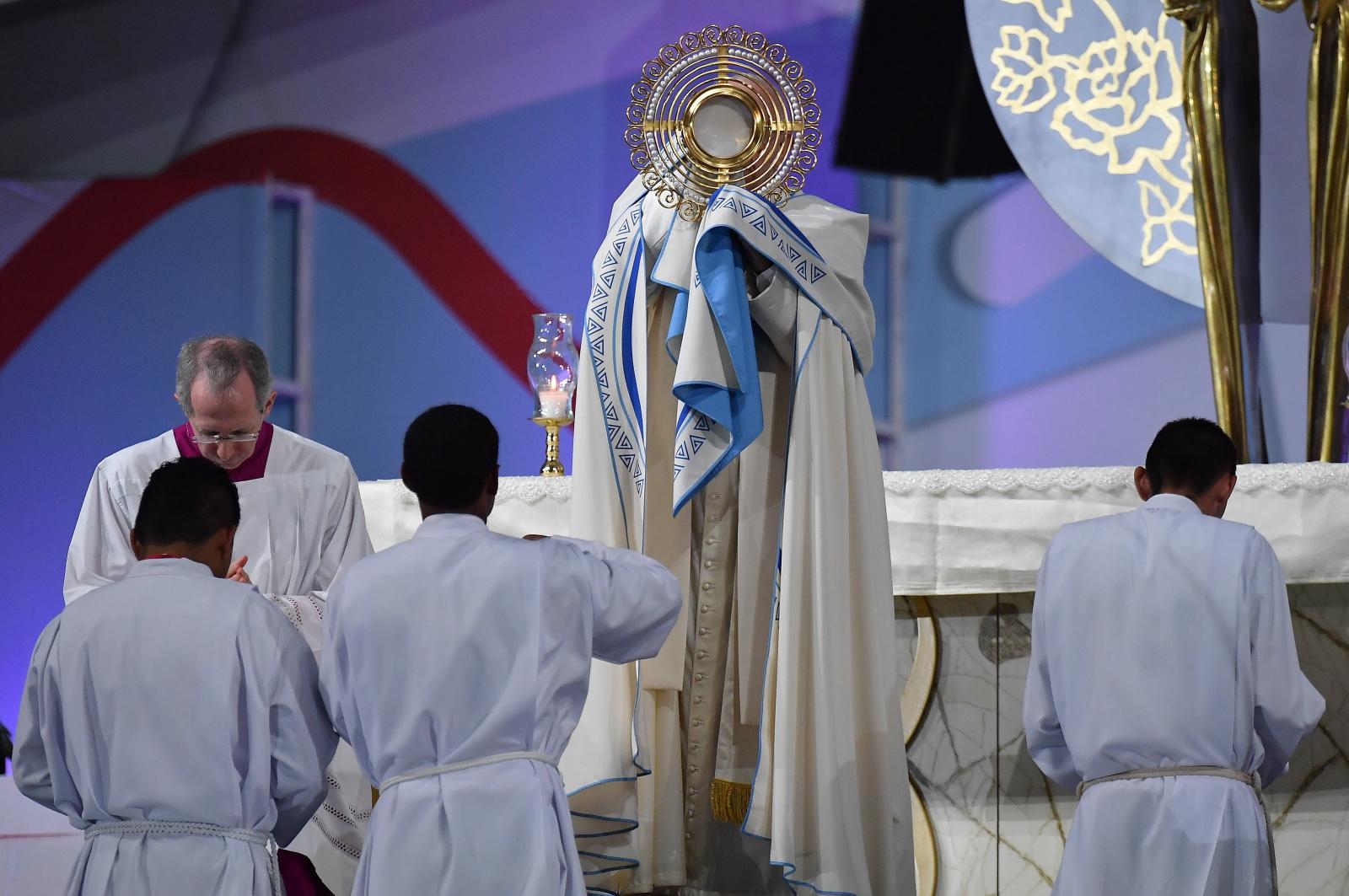 papież franciszek adoracja panama czuwanie
