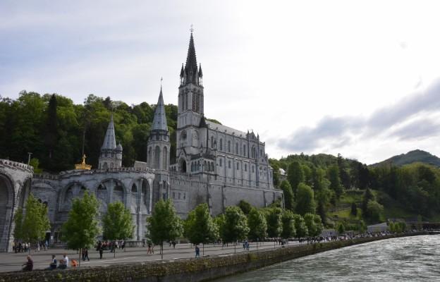 Lourdes objawienia sanktuarium misyjne