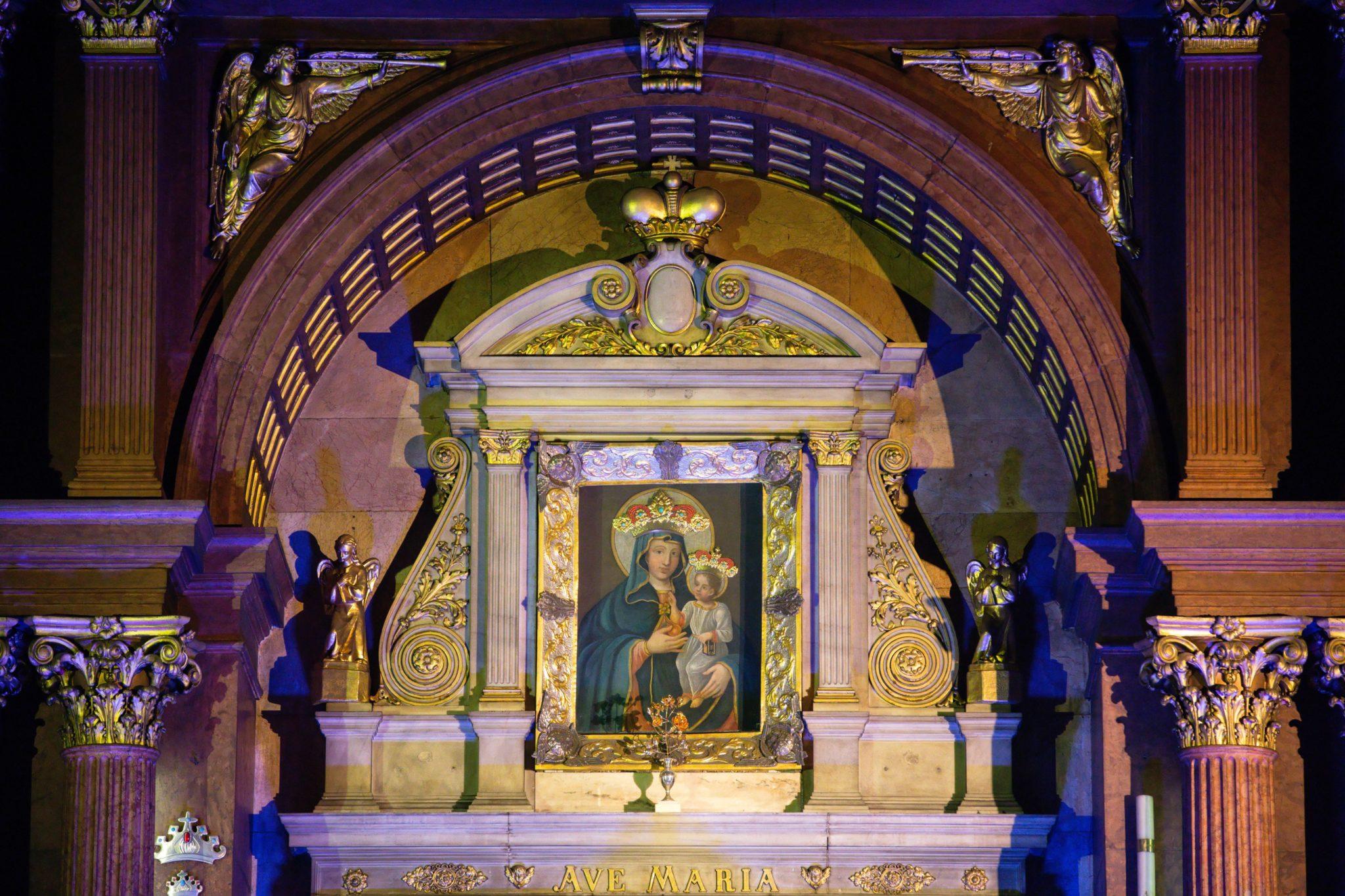 Zdjęcie: obraz Matki Boskiej Piekarskiej w czasie przedstawienia historycznego