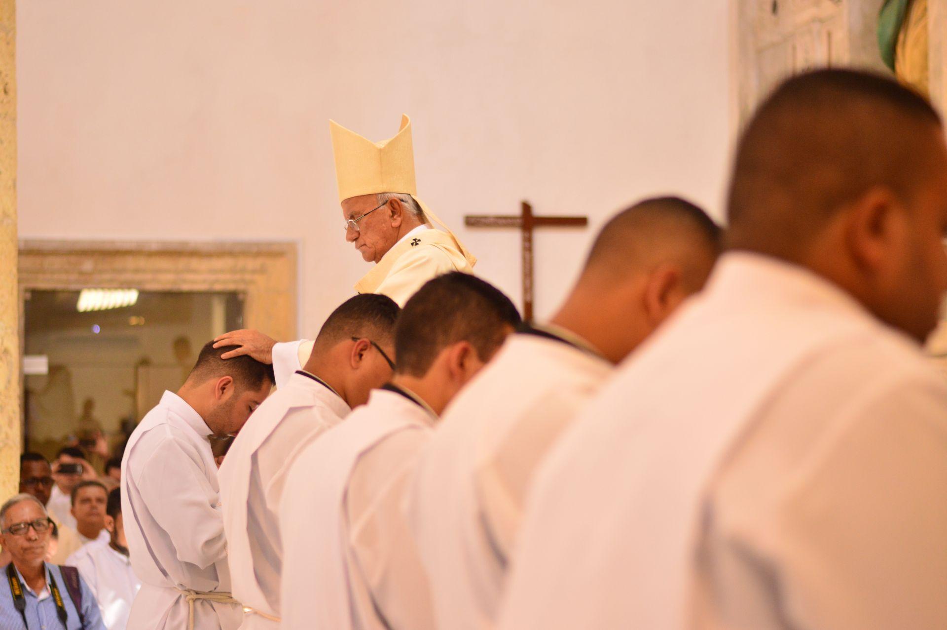 ksiądz księża priests