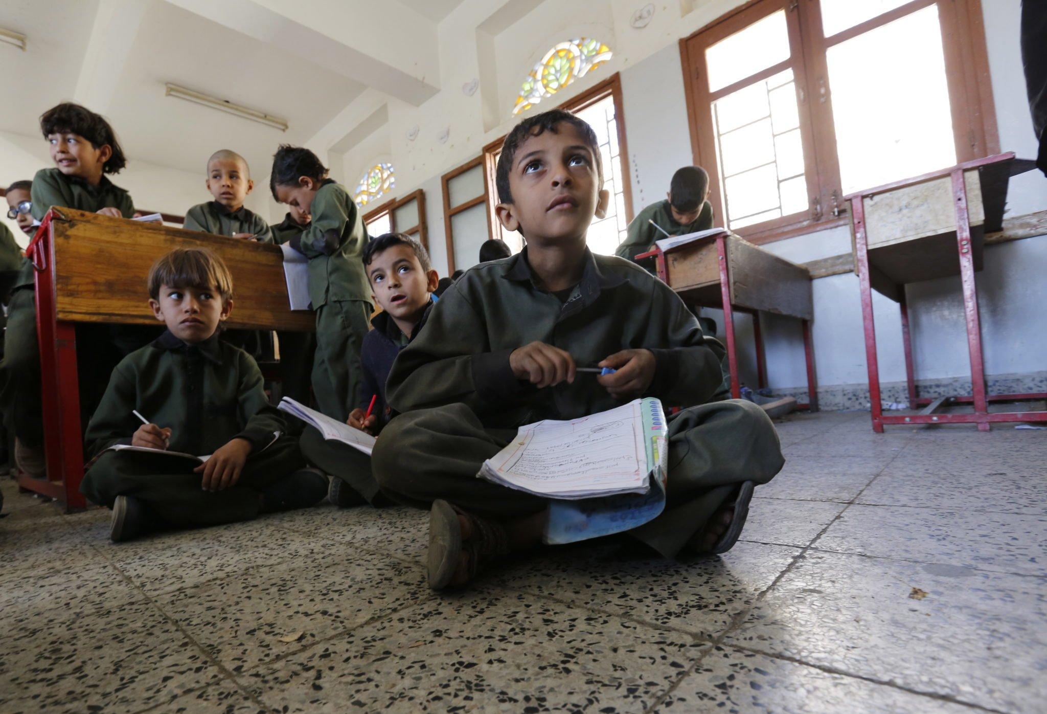 Sana: jemeńscy uczniowie w szkole prowadzonej w ramach programu UNICEF-WFP fot. YAHYA ARHAB, PAP/EPA.