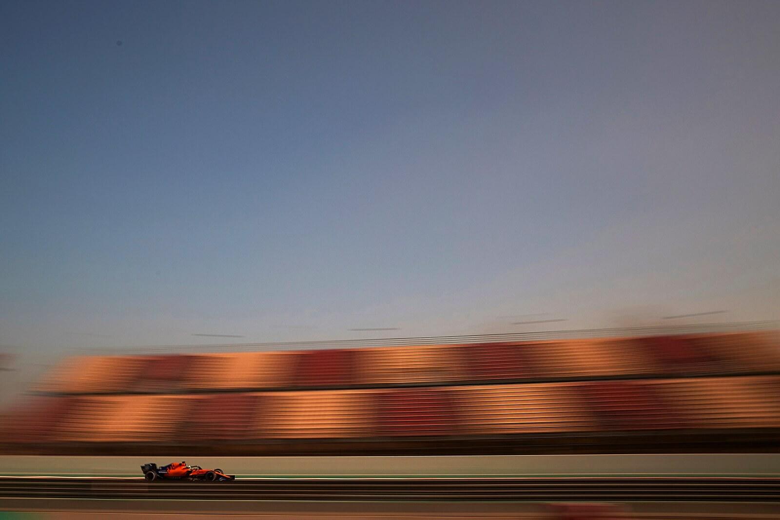 Testy F1 przed rozpoczęciem sezonu fot. EPA/ALEJANDRO GARCIA