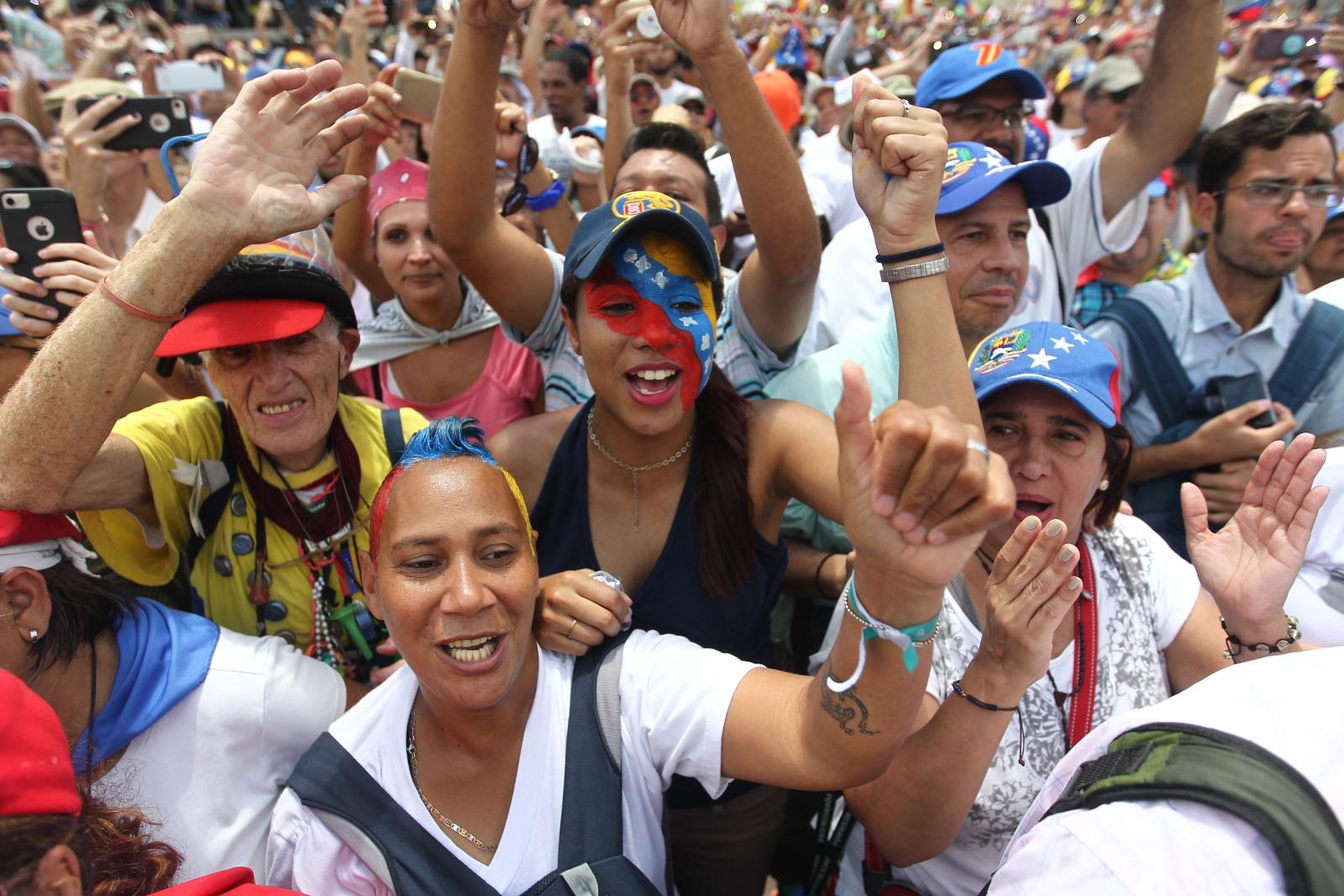 Juan Guaido w Caracas. fot. EPA/Raul Martinez