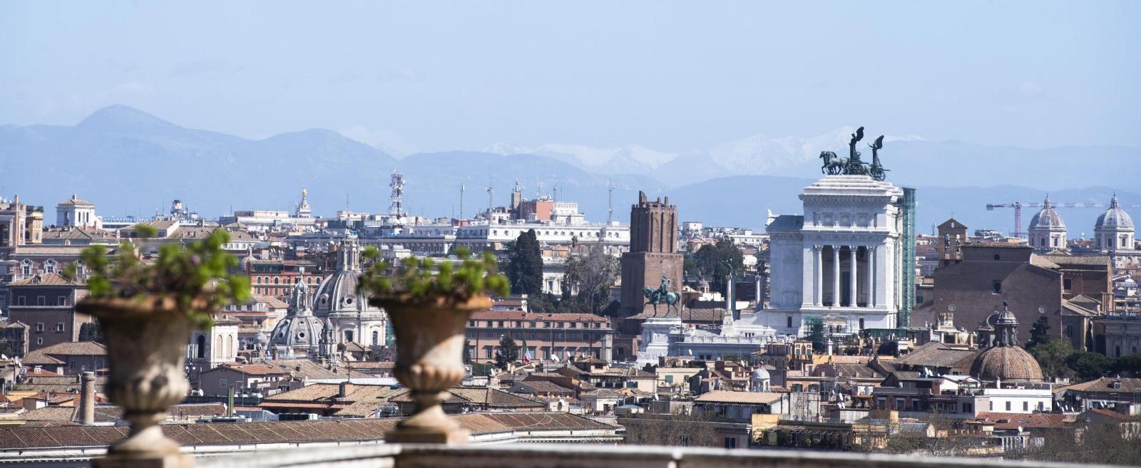 Panorama Rzymu EPA/CLAUDIO PERI