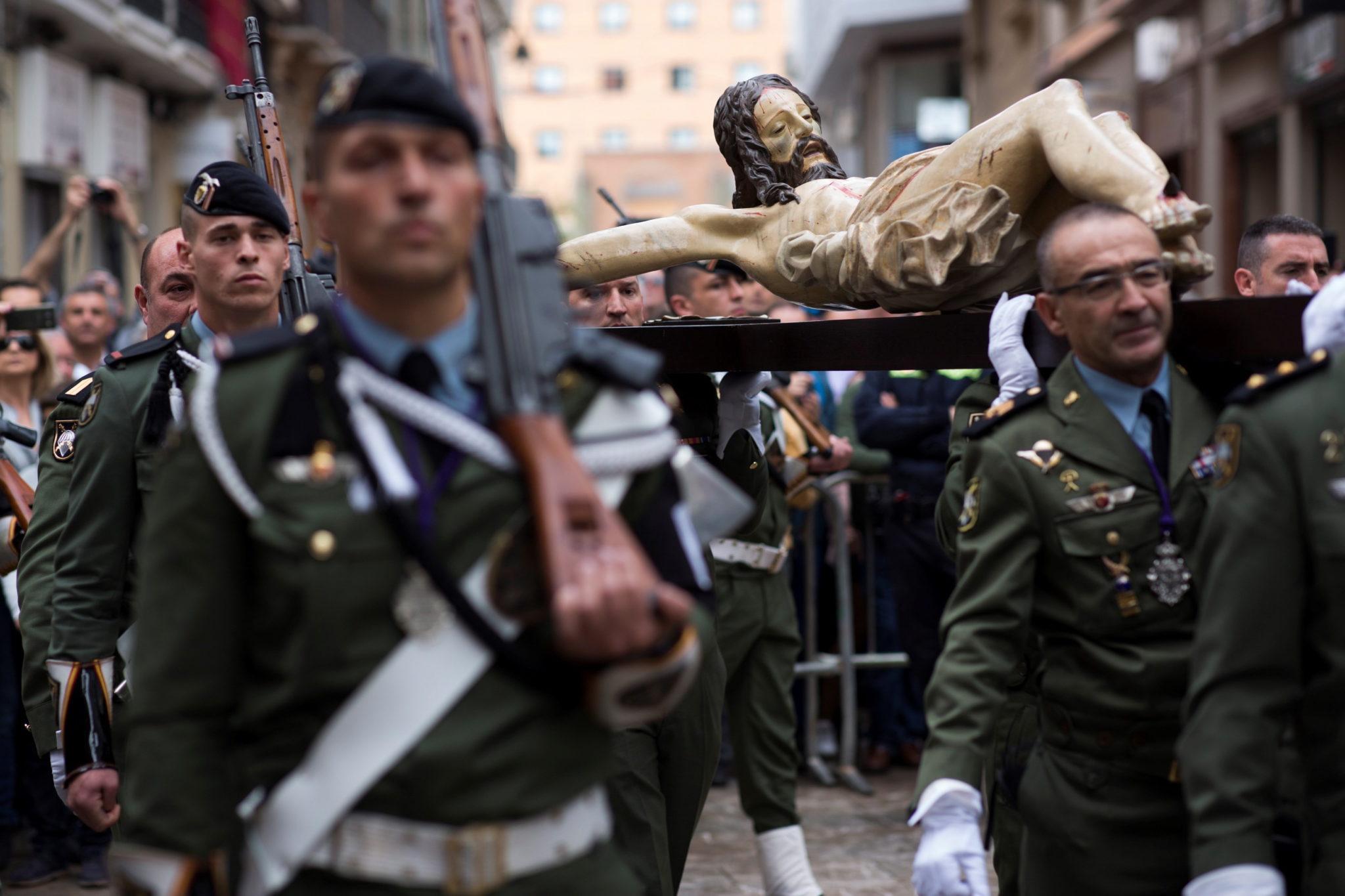 Malaga: Brygada Spadochroniarzy Sił Zbrojnych Hiszpanii, fot. Carlos Diaz, PAP/EPA