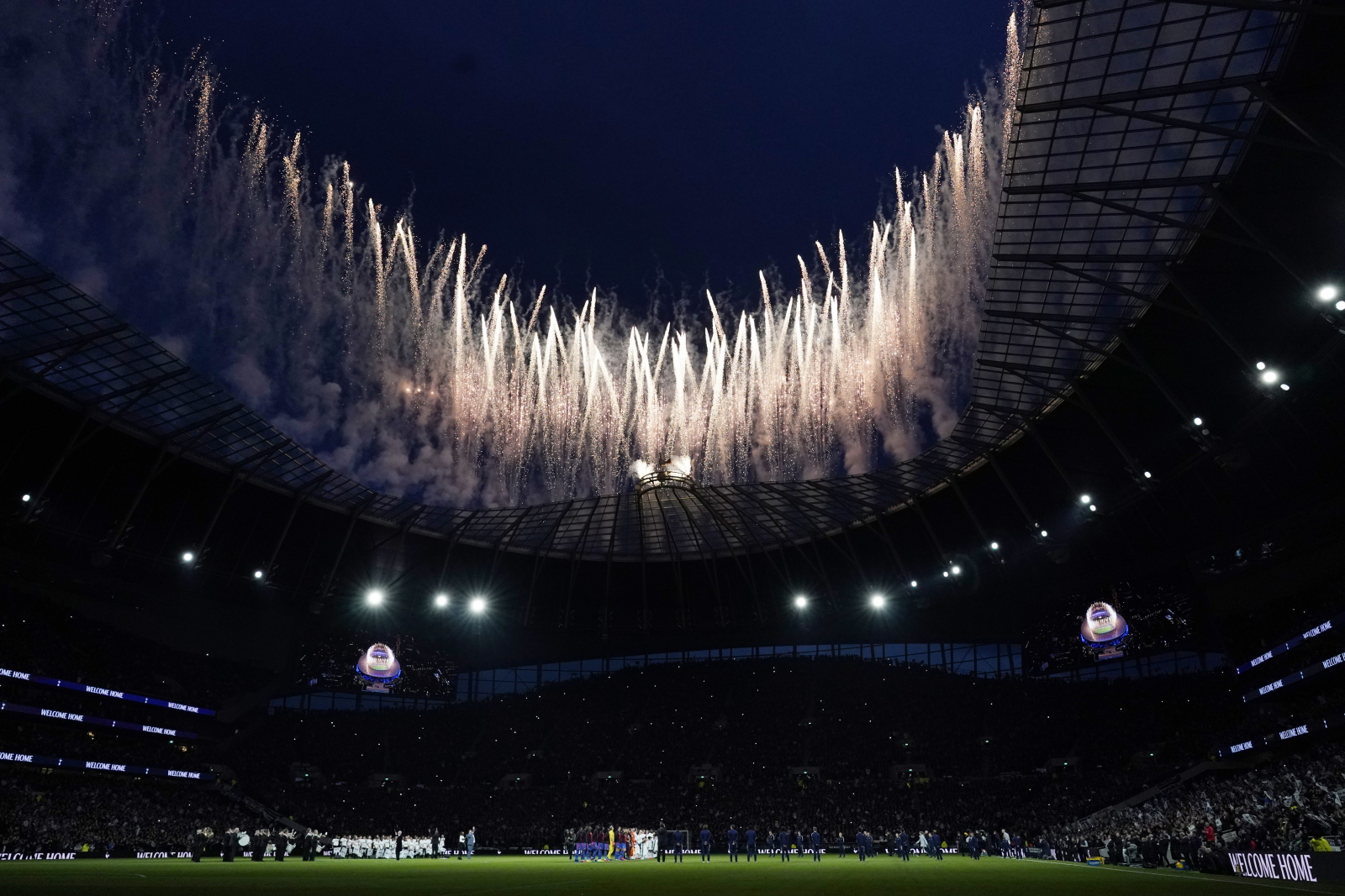 Tottenham Hotspur Stadium w Londynie. Fot. PAP/EPA/WILL OLIVER