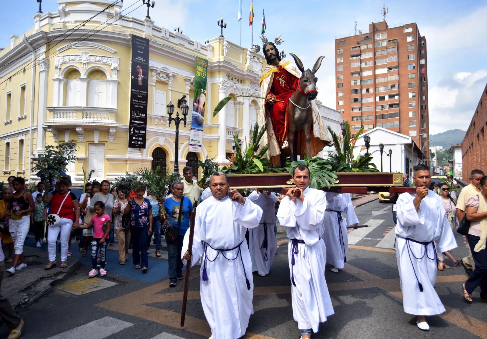 Niedziela Palmowa w Kolumbii/PAP/EPA/ERNESTO GUZMAN JR.