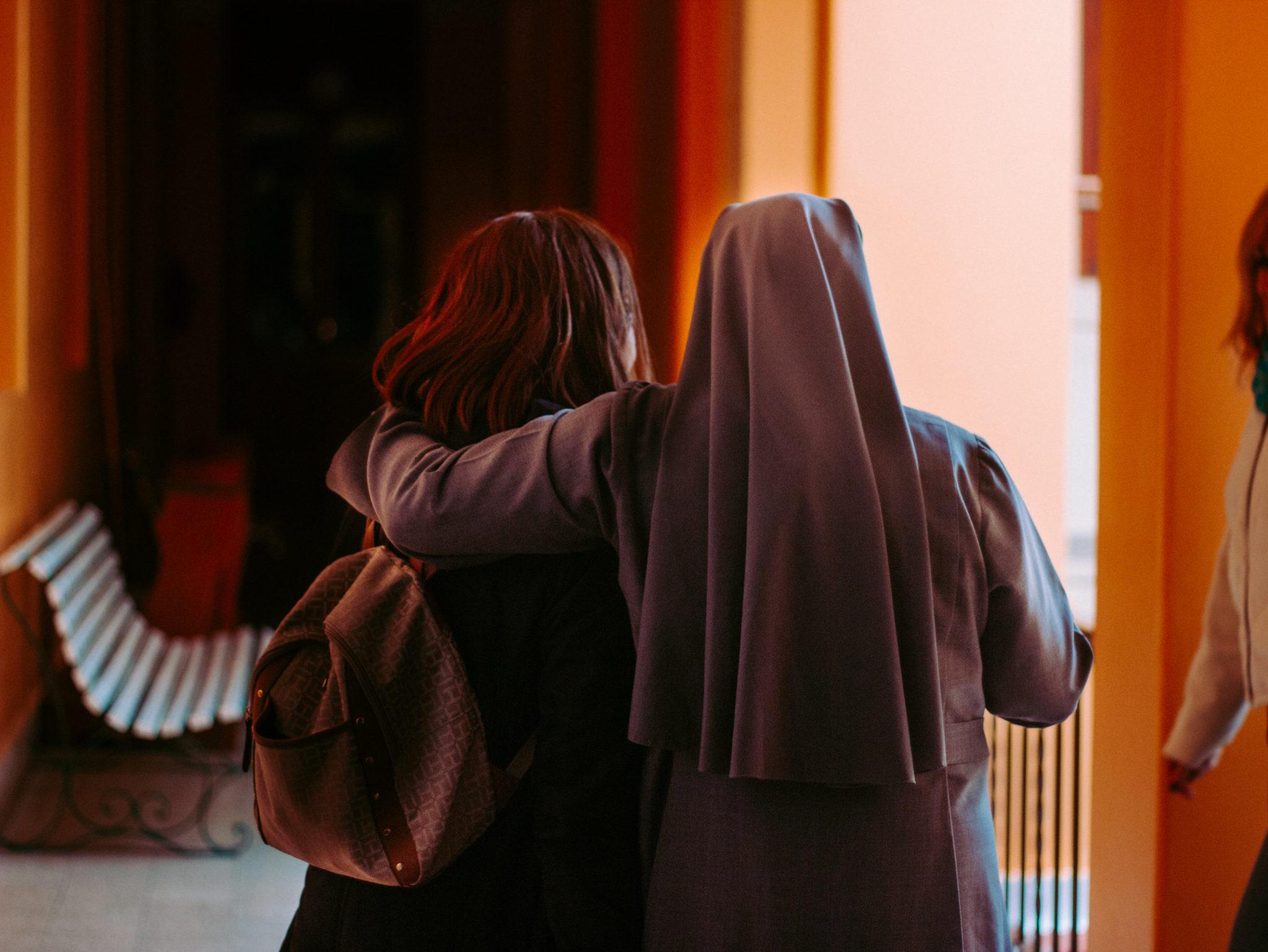 młodzi kosciół zakonnica siostra zakonna